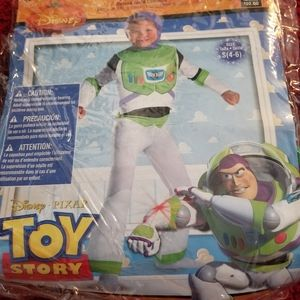 Toy Story Kid Boy Costume 4-6 Used Buzz Lightyear